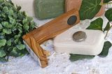 Magnetic soap holder made of olive wood 9 cm